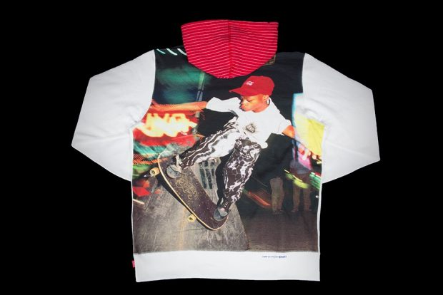 supreme x COMME des GARCONS レアアイテム買取致しました。