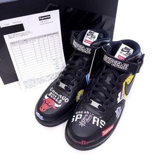 シュプリームの18SS NBAスニーカー をお買取り致しました。買取参考価格25000円~35000円