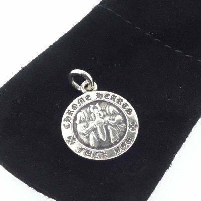 クロムハーツ/CHROME HEARTS エンジェルメダル V2 チャーム ペンダント ネックレス参考買取価格8000~12000円前後