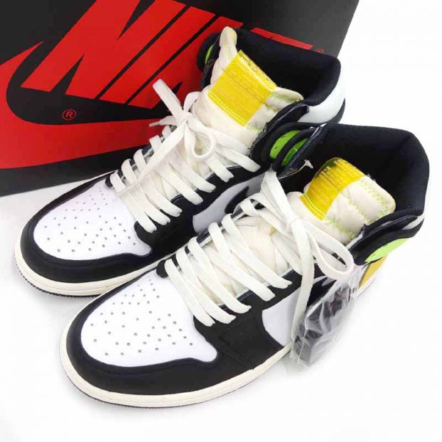 ナイキ/NIKE Air Jordan 1 Retro High Volt Gold スニーカー参考買取価格10000~15000円前後